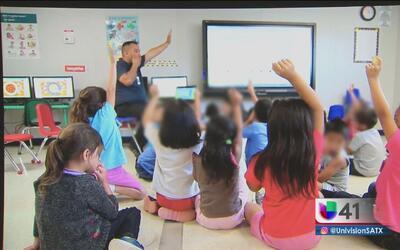 Propuesta de ley busca dar certificados de guardería infantiles a centro...