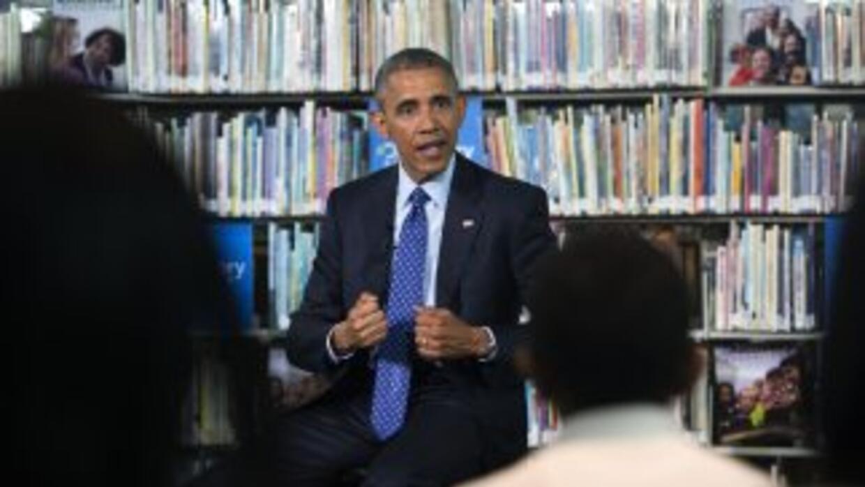 """Yo me convertí en un hombre cuando llegué a Chicago"", afirmó Obama a tr..."