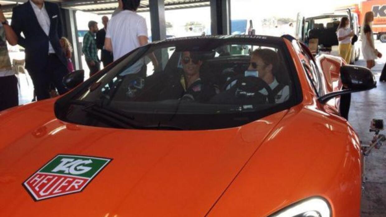 El jugador y el piloto realizaron algunos retos en el Circuito del Jarama.