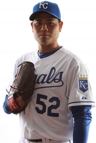 Los Royals renovaron el contrato del zurdo panameño Bruce Chen, s...