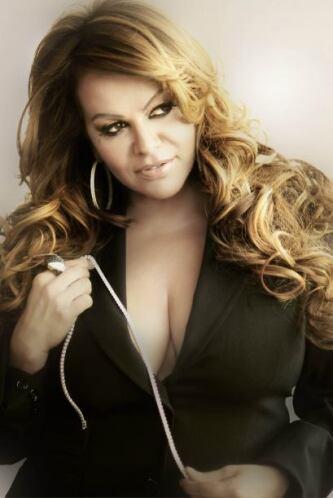 Aunque han pasado casi dos años de la muerte de 'La Diva de la banda' su...