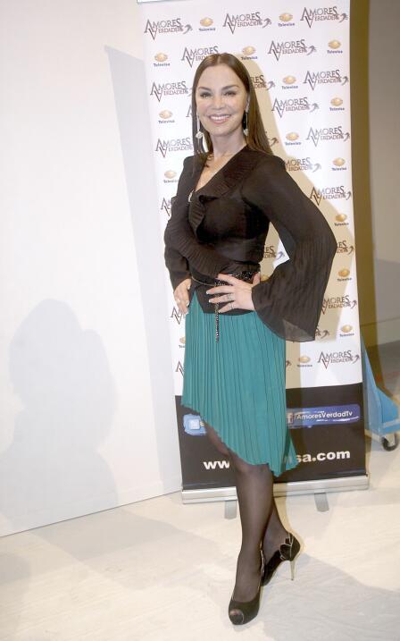 La novia de José Eduardo Derbez es súper fan de Victoria Ruffo ADYCA46.jpg