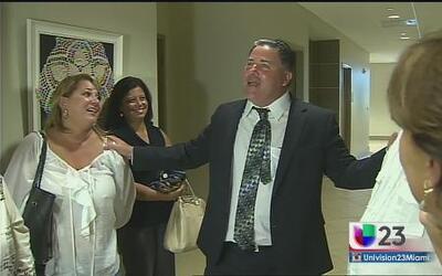 Rick Scott se niega a devolverle el puesto de alcalde a Michael Pizzi