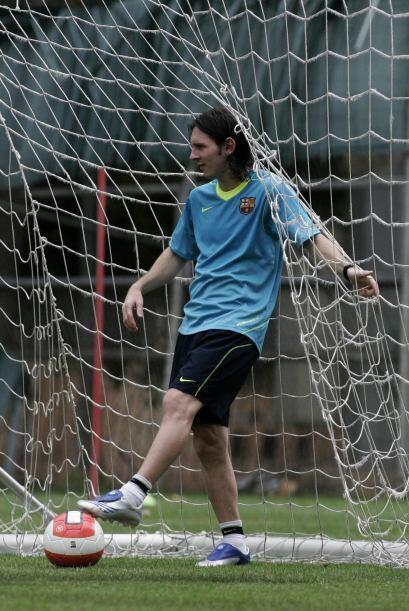 Aparentemente Messi, lo sabe bien porque cuando se dedica a atajar...tod...