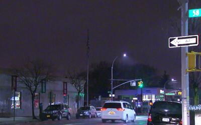 Un hombre permanece en grave estado de salud tras ser atropellado en Queens