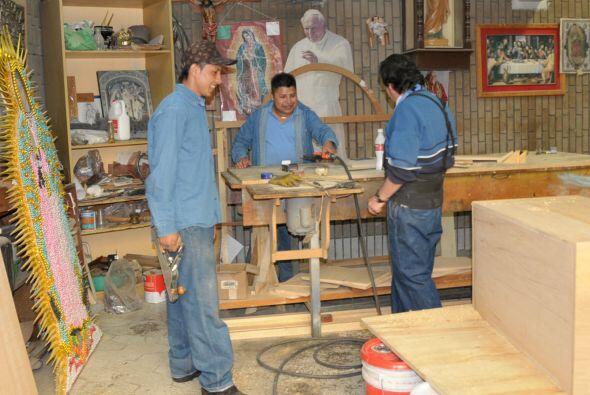 LOS GUARDIANES DE GUADALUPE - Su trabajo es como el de cualquiera que vi...