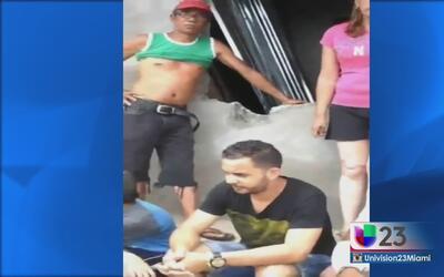 Desalojan a la fuerza a miles de cubanos en Panamá