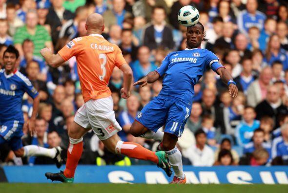 El líder Chelsea esperaba responder a lo hecho por el United en su juego...