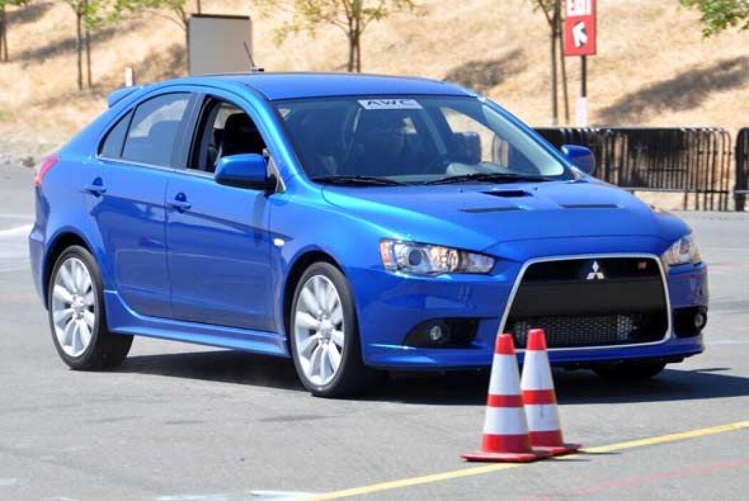 El ACD maximiza la fuerza de tracción y progresivamente libera al auto p...