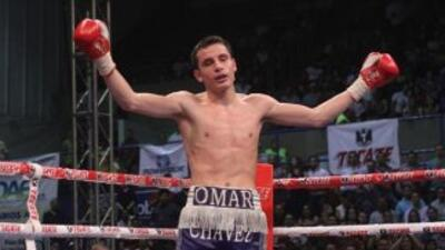 Omar Chávez venció a Emilio Julio en nueve rounds (Foto: Zanfer).