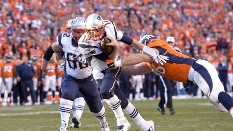 """Tom Brady nunca ha sido bueno para moverse y quiere aprender ahora de """"J..."""