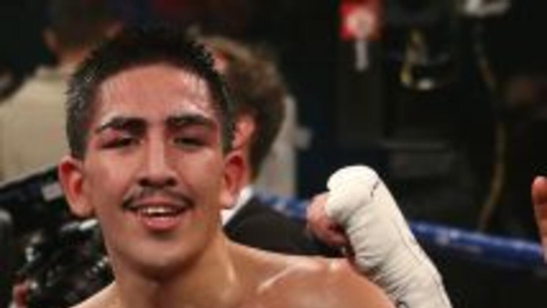 Leo Santa Cruz hará su tercera pelea en 3 meses y la quinta del año.