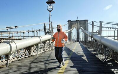 Correr al menos cinco minutos diarios podría alargar la vida, según un e...