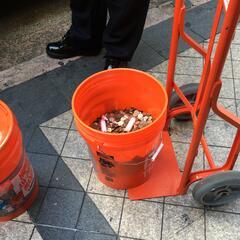 Alcalde de Hialeah paga multa de ética en centavos