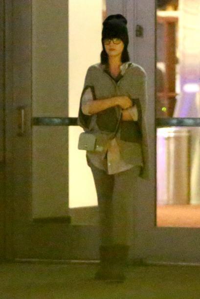 Al final Katy se retiró feliz. ¿Le habrá gustado la película o los abraz...