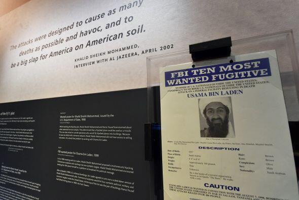 Una foto de Bin Laden como uno de los más buscados por el FBI.
