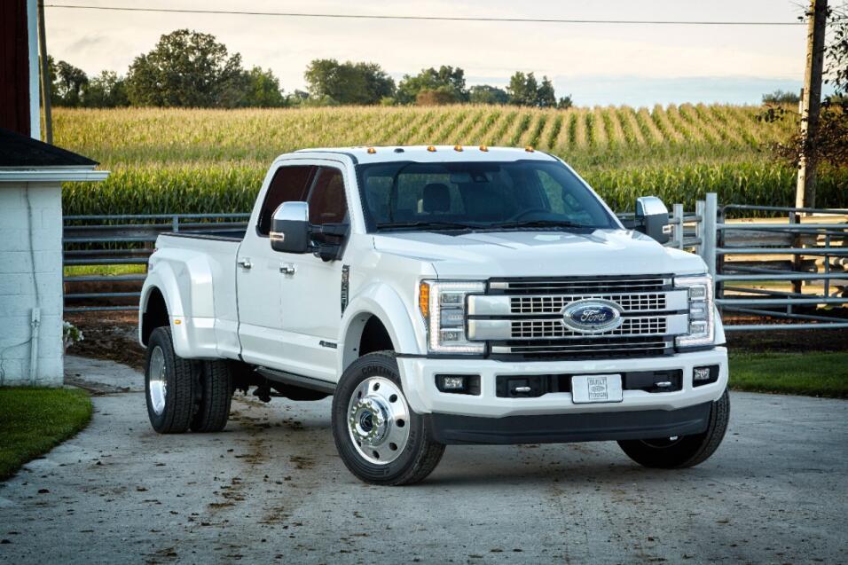 Conoce las 10 pick ups más caras del mercado 20 17-Ford-F450-Platinum.jpg