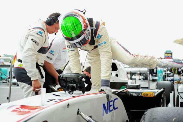 Y por fin, Pérez se subió al Sauber para la segunda presen...