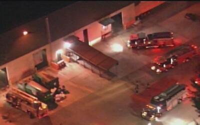 Emergencia por incendio en un edificio de la compañía UPS en Hialeah