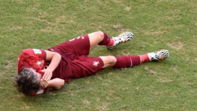 Fábio Coentrao se lesionó en el partido contra Alemania.