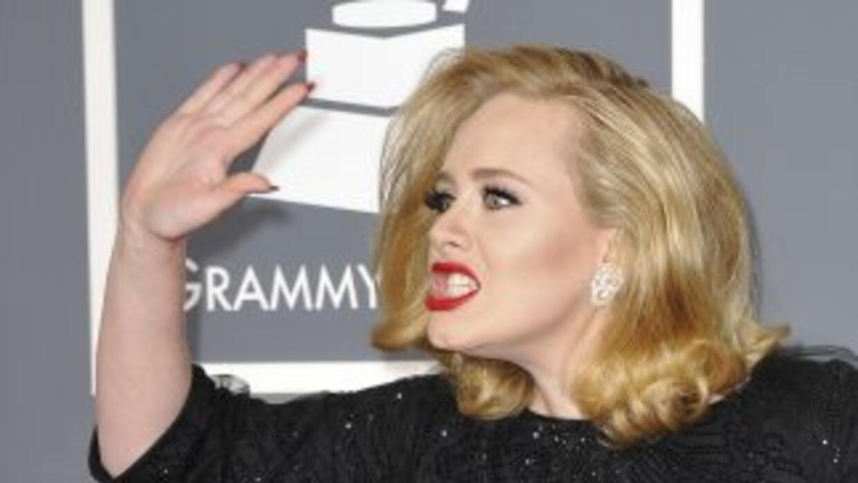 Adele negó mediante su portavoz ser ella la mujer que aparece en las imá...
