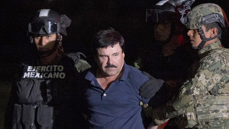 """Gobierno mexicano exhibe a """"El Chapo"""" tras su recaptura elchapo2_ap.jpg"""