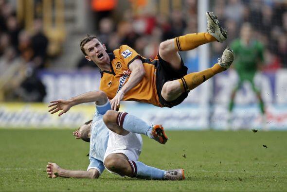 Manchester City perdió con el Wolverhampton por 2 a 1.