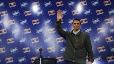 El candidato de oposición a los comicios presidenciales del próximo 7 de...