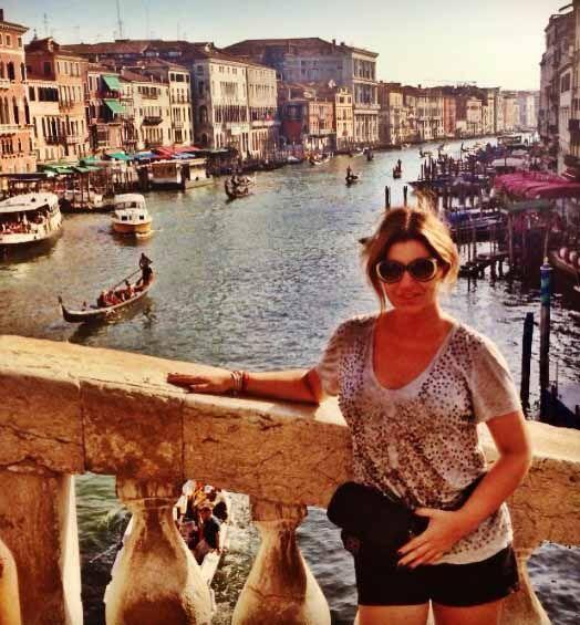 Paola Gutiérrez anduvo de crucero por Europa, Grecia, Estambul  e Italia.