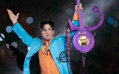 Así recordamos a Prince durante el Super Bowl XLI el 4 de febrero del 2007.