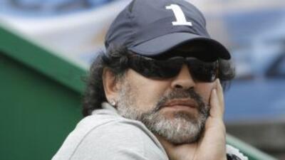 Diego Maradona volvió a criticar la conducción del fútbol argentino y as...
