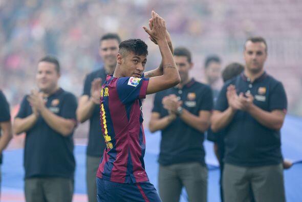 El delantero fue muy bien recibido por los fans, además de que el...