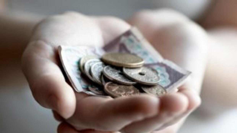 Las propinas representan más de la mitad de todo el ingreso de muchas pe...