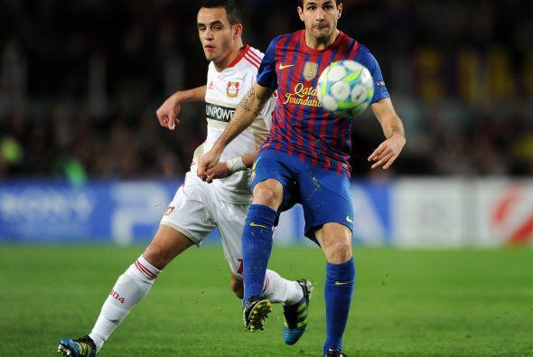 Cesc, Xavi e Iniesta están haciendo de las suyas. Messi, imparable.