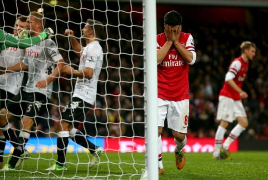 Alexander Kacaniklic hizo otro y Fulham tomó la delantera.