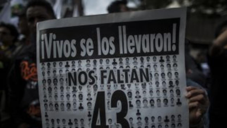 Los padres de los 43 estudiantes desaparecidos de Ayotzinapa no creen en...