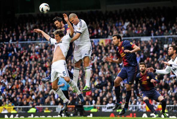 Como pepe impasable en defensa y sin profundidad, el Barcelona lució nue...