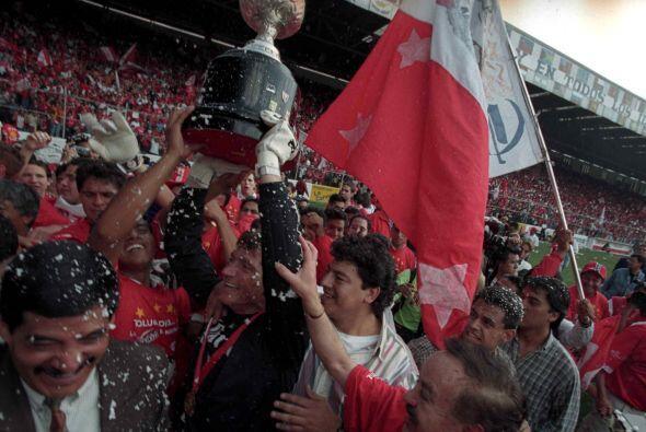 Nuevamente Toluca se alzó con el título al vencer en penal...