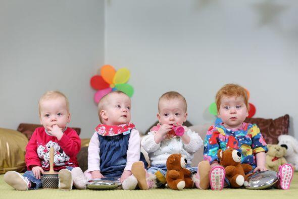 La bebés de apenas 14 meses son Caroline, Alexis, Elisha and Darcy.