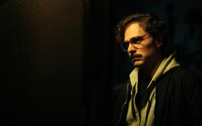 Manolo Cardona es 'Julio Kaczinski' en 'La Hermandad'.