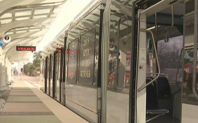 Metro de Houston está preparado para transportar a cientos de personas d...