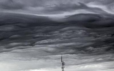 Clima rebelde y eléctrico con Jackie Guerrido