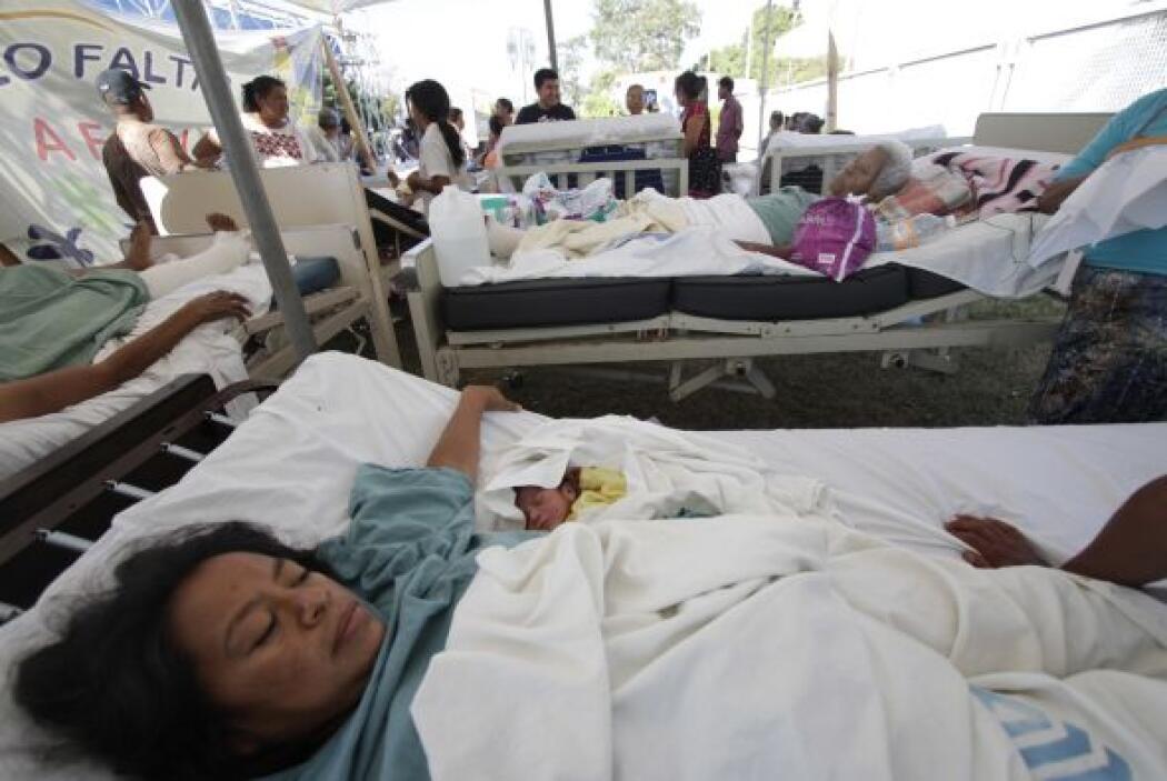 17.-Intoxicados en mitin  Al menos 700 indígenas resultaron intoxicados...