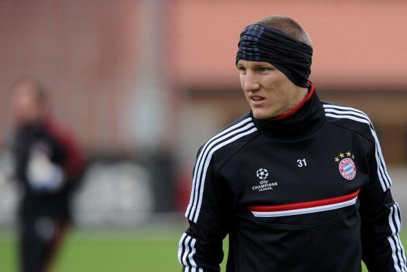 La reaparición de Bastian Schweinsteiger después de una la...