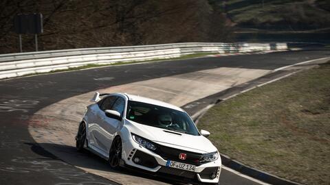 Video: El Honda Civic Type R bate el record del Nurburgring