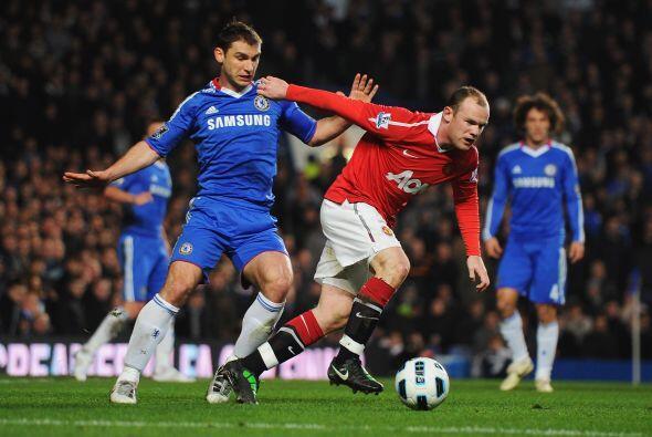 Una vez más, Chelsea y Manchester United se vieron las caras en la Liga...