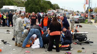 Conductora ebria arrolla a multitud en Oklahoma