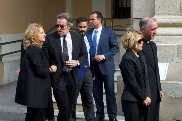La familia y el viudo de Cayetana están desconsolados.