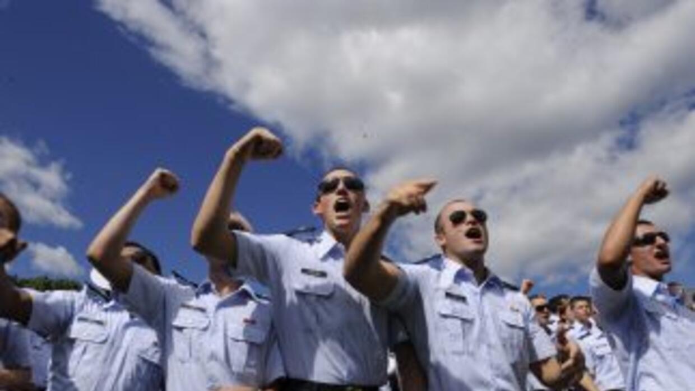 La Guardia Costera rescató a tres pescadores que habían naufragado en la...