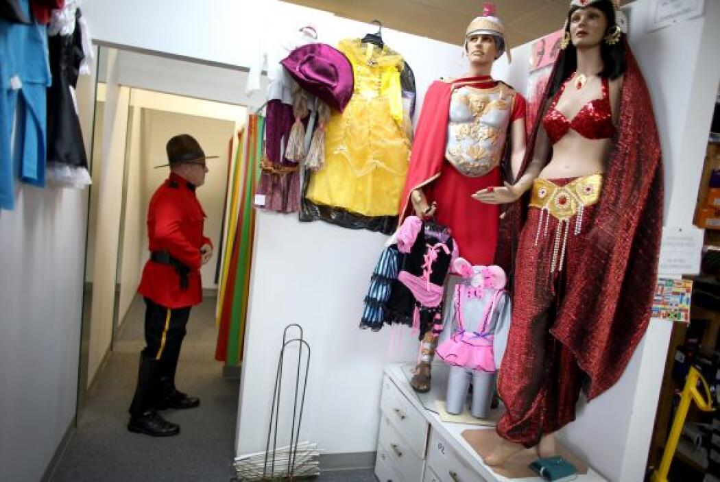 """A la orden del día también están los disfraces de """"Gitana"""" o """"Hechicera""""..."""